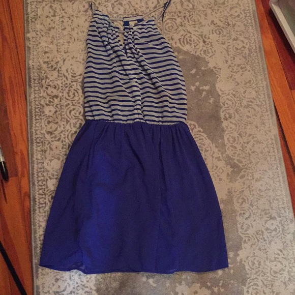 Dresses & Skirts - Perfect summer dress